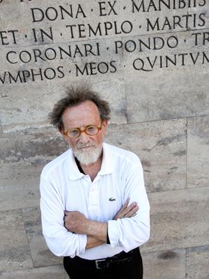 Fausto Delle Chiaie vor dem Museum Ara Pacis.