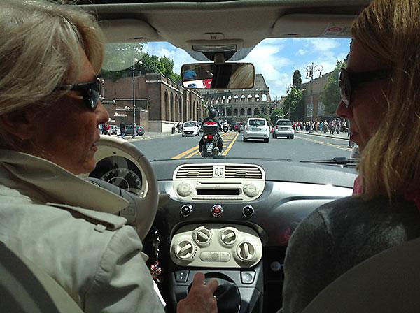 Letzte Autofahrt beim Colosseum