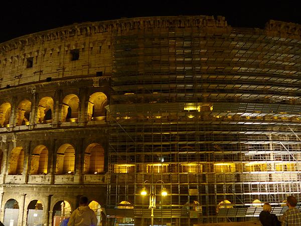 Colosseum gerüstet