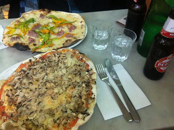 Tavolini Di Marmo Trastevere : Ciaoroma u203a pizza essen in roms stadtteil trastevere u203a rom blog