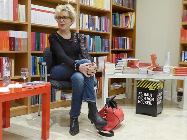 Petra Reski kam zur Lesung aus Palermo. Dort ist sie Beobachterin eines Mafia-Prozess.